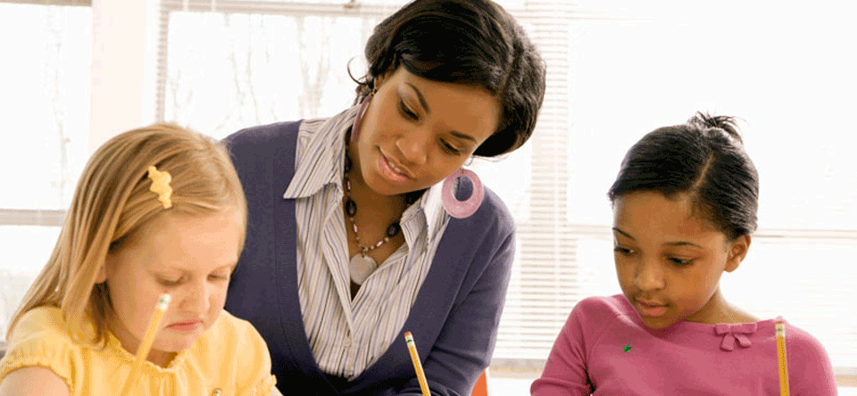 Learn Positive Intervention and Effective Strategies in the Classroom